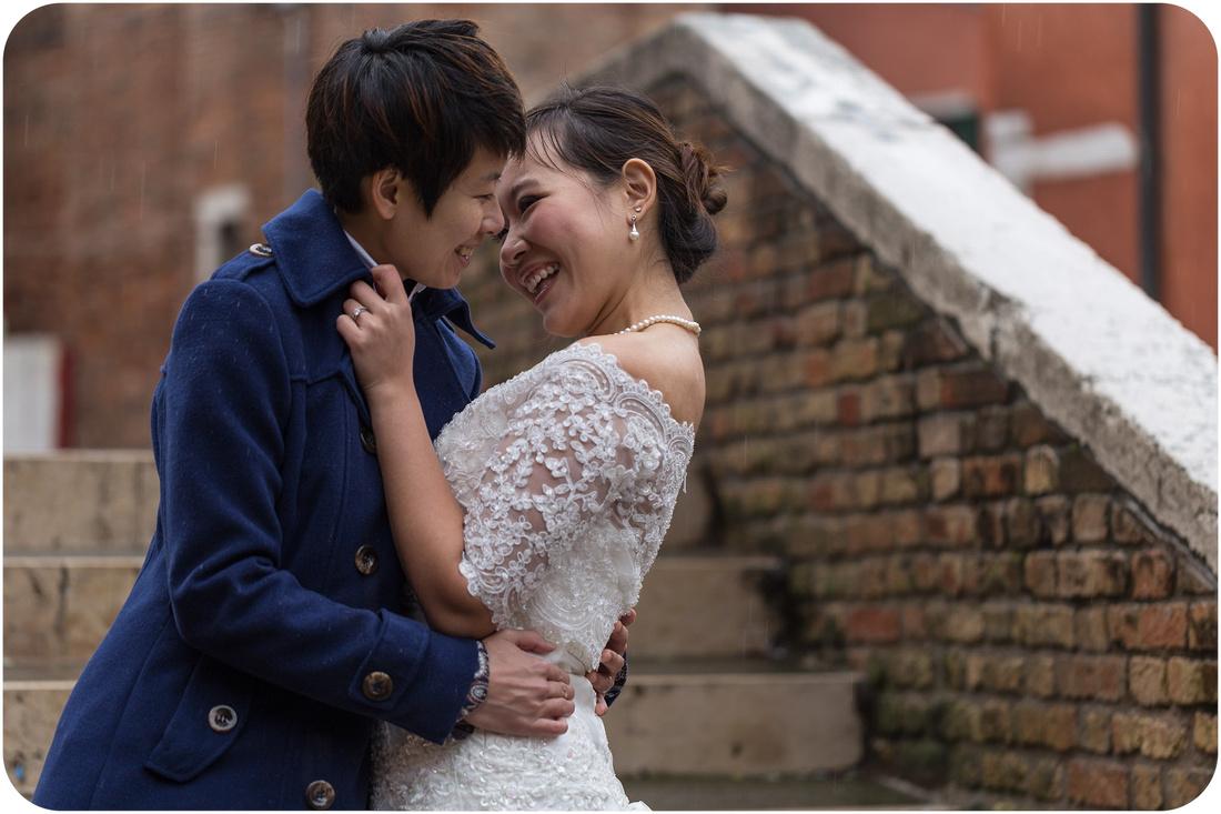 samesex honeymoon photography in Venice-007