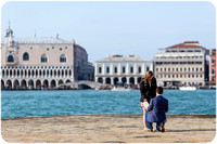 surprise-wedding-proposal-venice-003