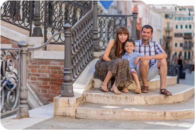 family photo walk with kids in Venice