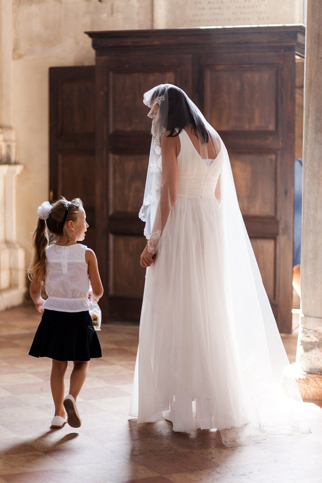 bride and girl