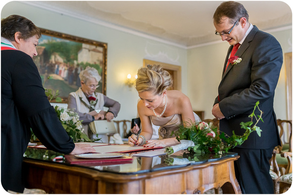 intimate-wedding-photography-019