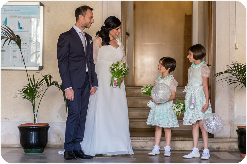 bride groom and daughters at Palazzo cavalli for civil wedding photo service in venice