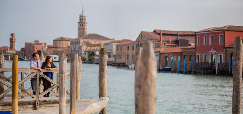 couple hug during pre-wedding photo service in Murano Venice