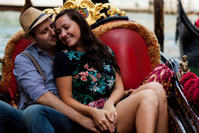 Russian couple shot in Venice during an informal photo walk
